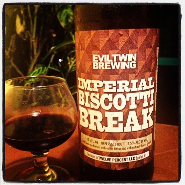 EvilTwin Imperial Biscotti Break vía @thecraftbeergal en Instagram