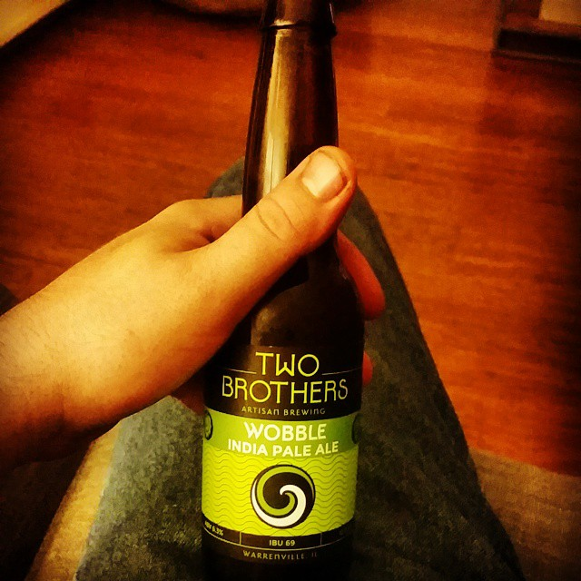 Two Brothers Wobble IPA vía @craftbeerpro en Instagram