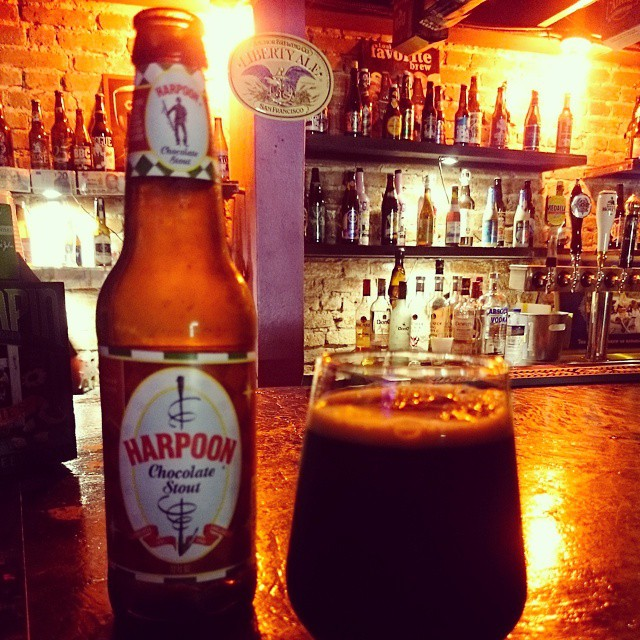 Harpoon Chocolate Stout vía @redres en Instagram