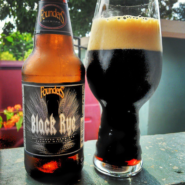 Founders Black Rye IPA vía @cracker8110 en Instagram