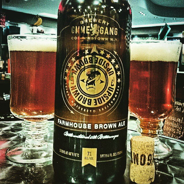 Ommegang Farmhouse Brown Ale vía @valdorm en Instagram