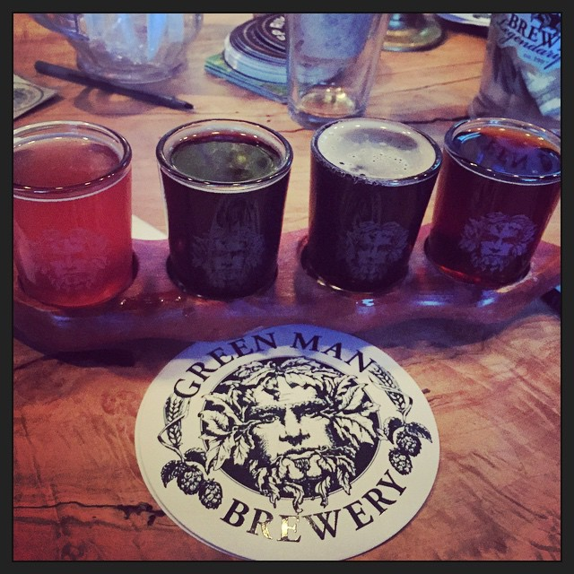 Beer flight en Green Man Brewery vía @thecraftbeergal en Instagram