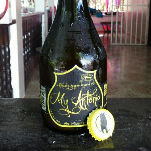 Birra del Borgo y Dogfish Head My Antonia Pilsner vía @cracker8110 en Instagram