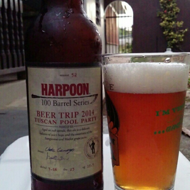 Harpoon 100 Barrel Series Beer Trip 2014 Tuscan Pool Party vía @cracker8110 en Instagram