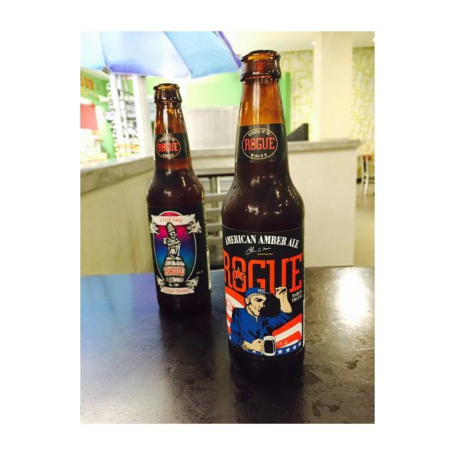 Rogue Dead Guy Ale y American Amber Ale vía @naomimendez en Instagram