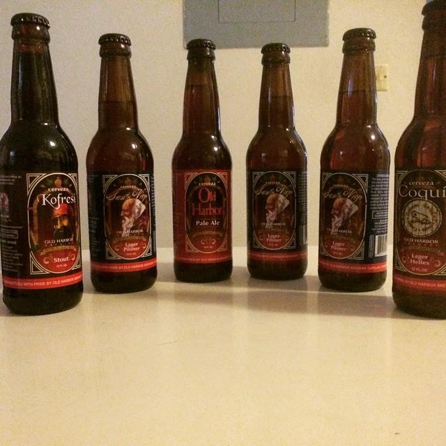 Cervezas de Old Harbor vía @abdielopr11 en Instagram