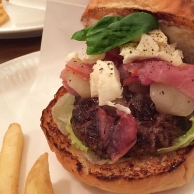 Monthly Burger - Peach & Uncured Ham Caprese