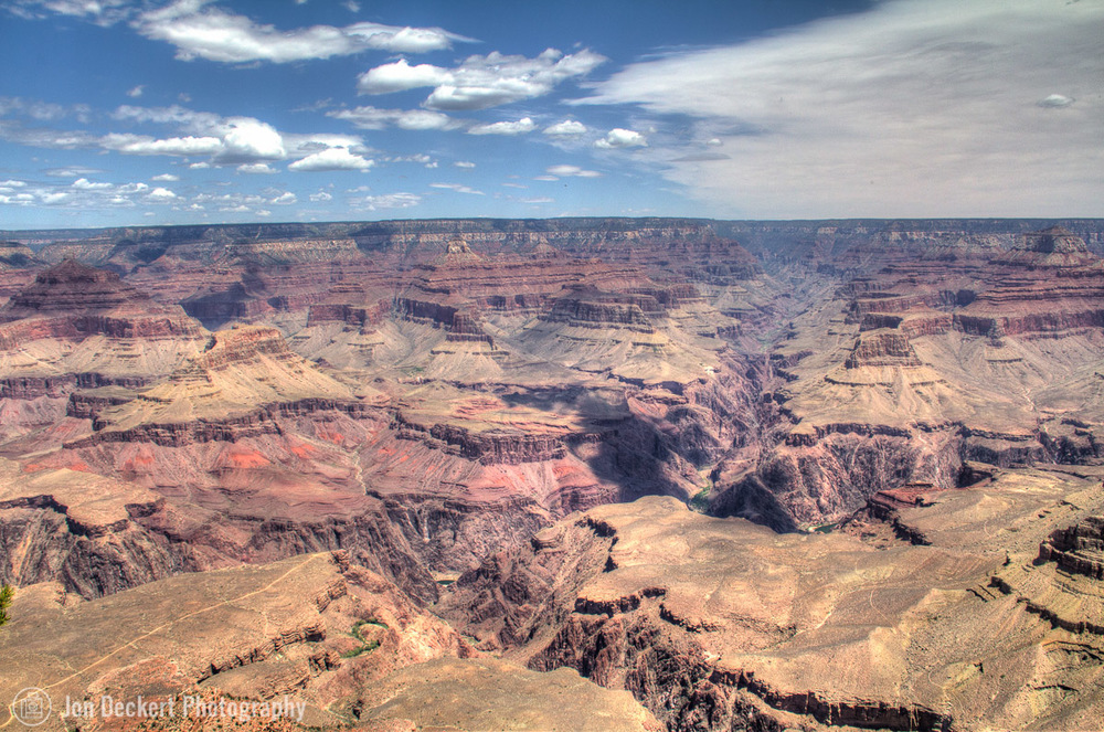 Grand Canyon along the South Rim (click on photo for larger view)