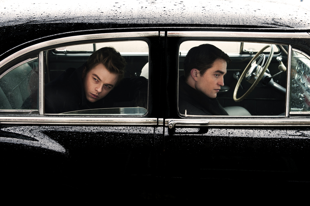 Robert Pattinson as LIFE magazine photographer Dennis Stock and Dane DeHaan as James Dean