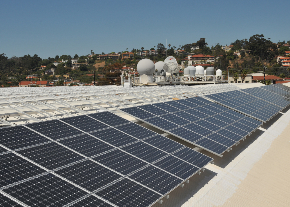 Image of SPAWAR's rooftop solar installation in San Diego courtesy  Wikipedia