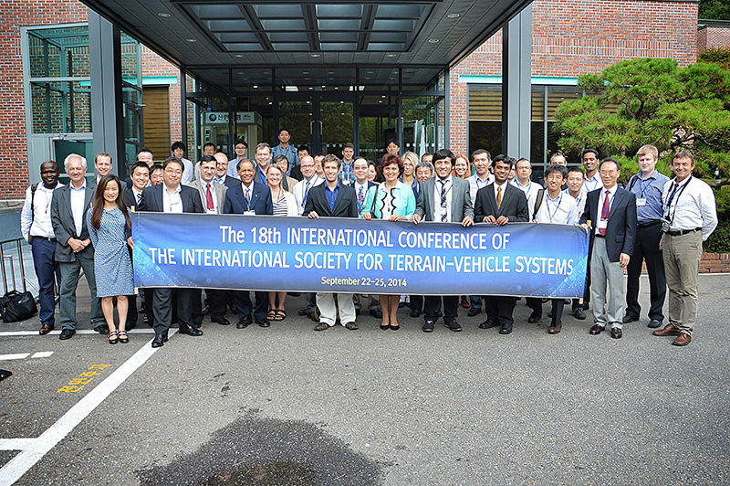 istvs_seoul2014-kim_Group picture_after.jpg