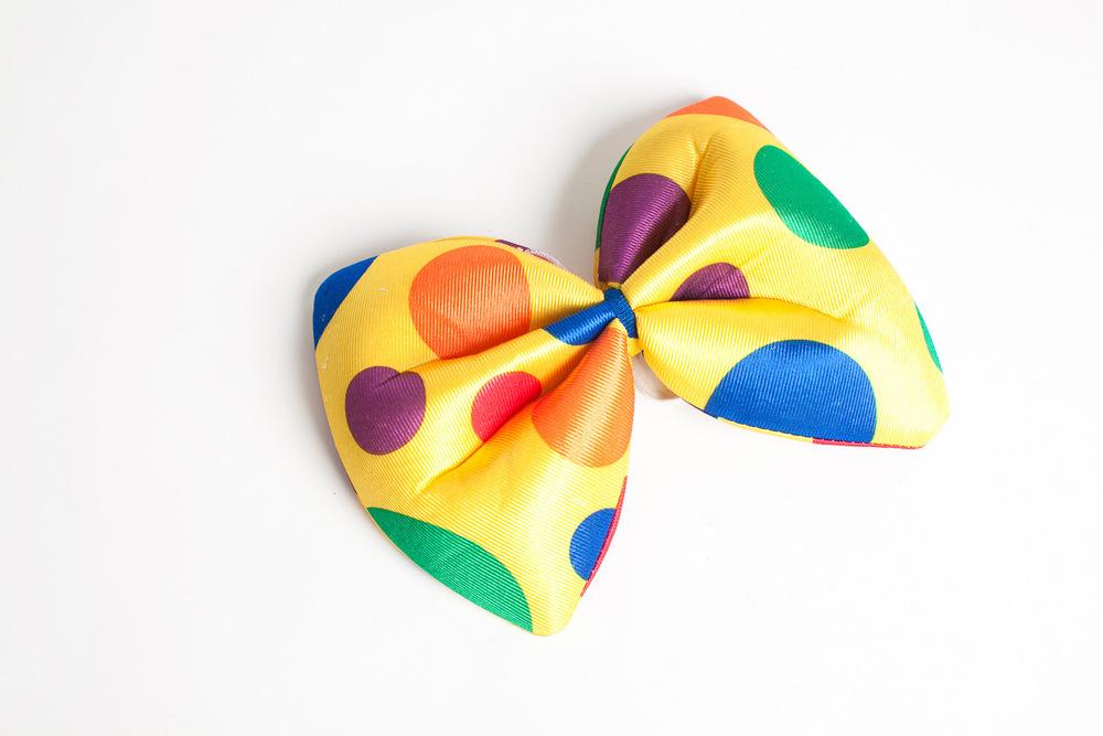 oversized clown bow tie