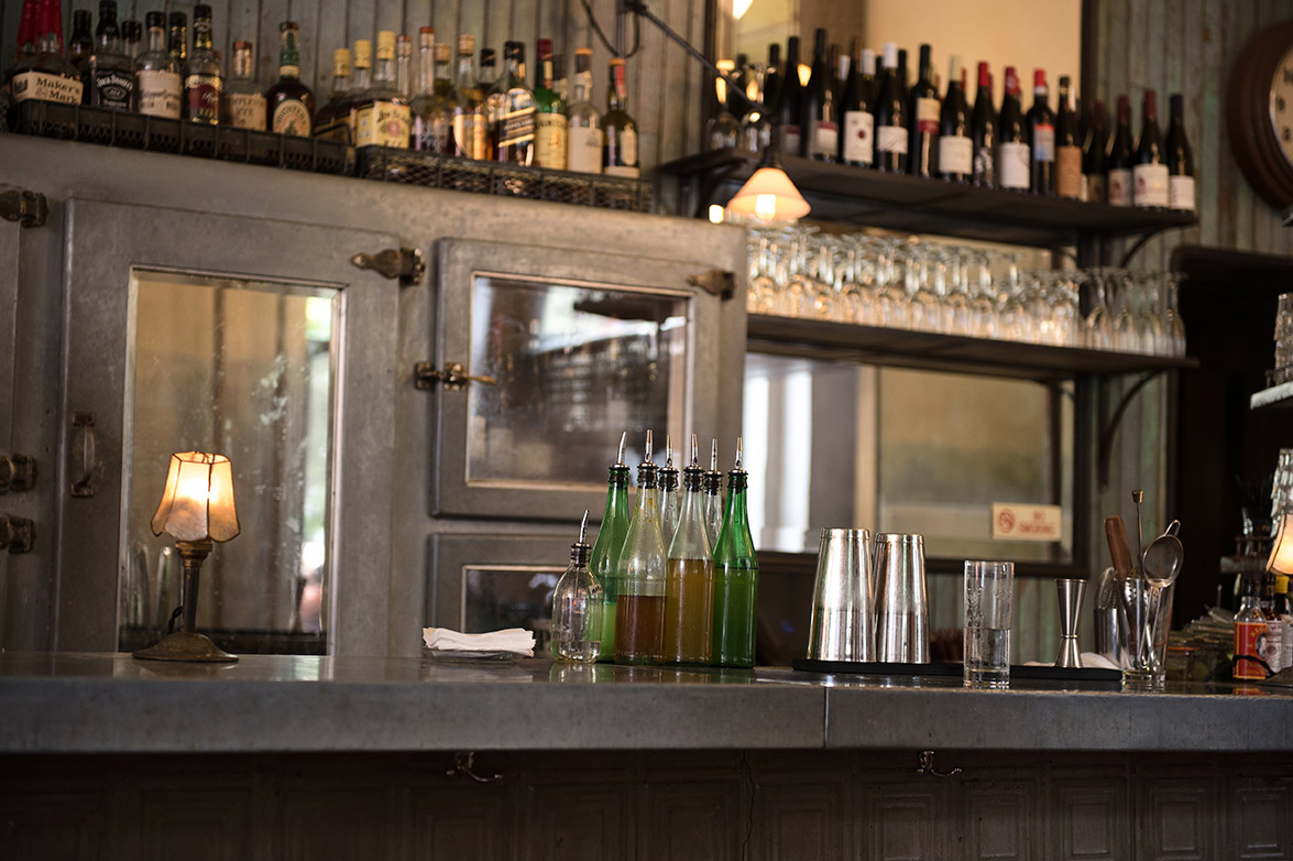 happy hour: cafe collette