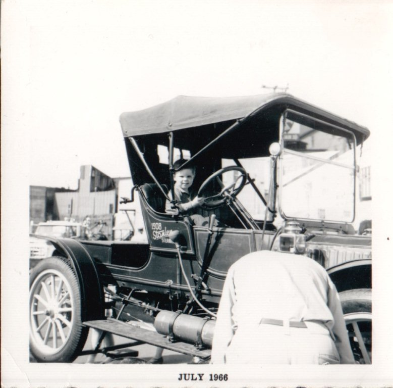 Fred Bell steamer.jpg