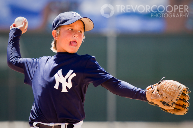 Encinitas Little League Minor A Yankees Pitcher