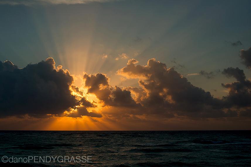 tulum-dano-pendygrasse-sunrise.png