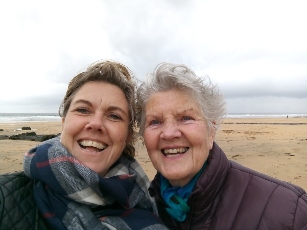 Un petit soufflet de vent sur la côte ouest de l'Irlande