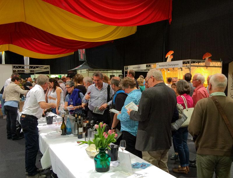 Besucher der Badischen Weinmesse 2016