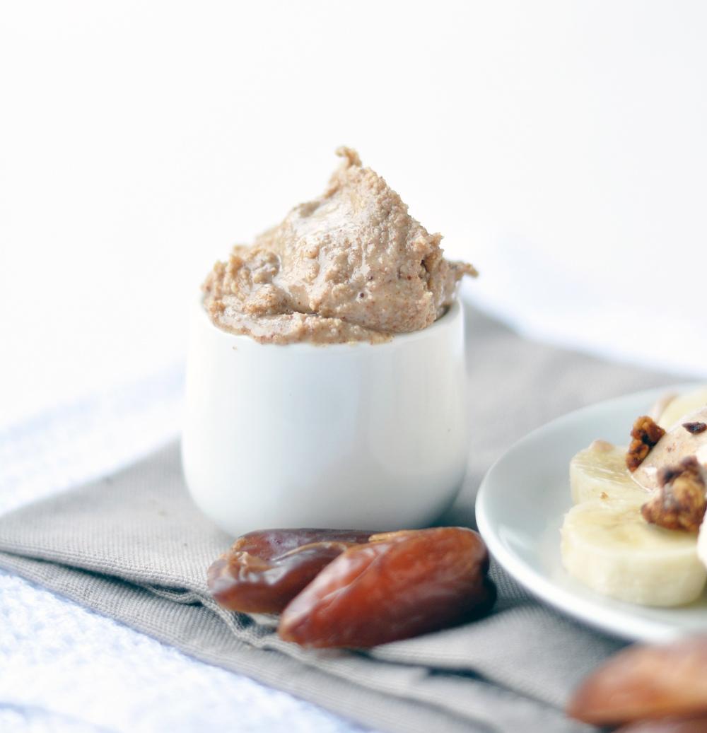 almond butter 1.jpg