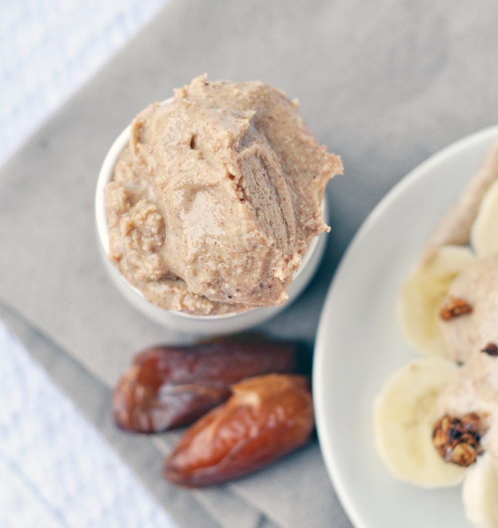 almond butter 2.jpg