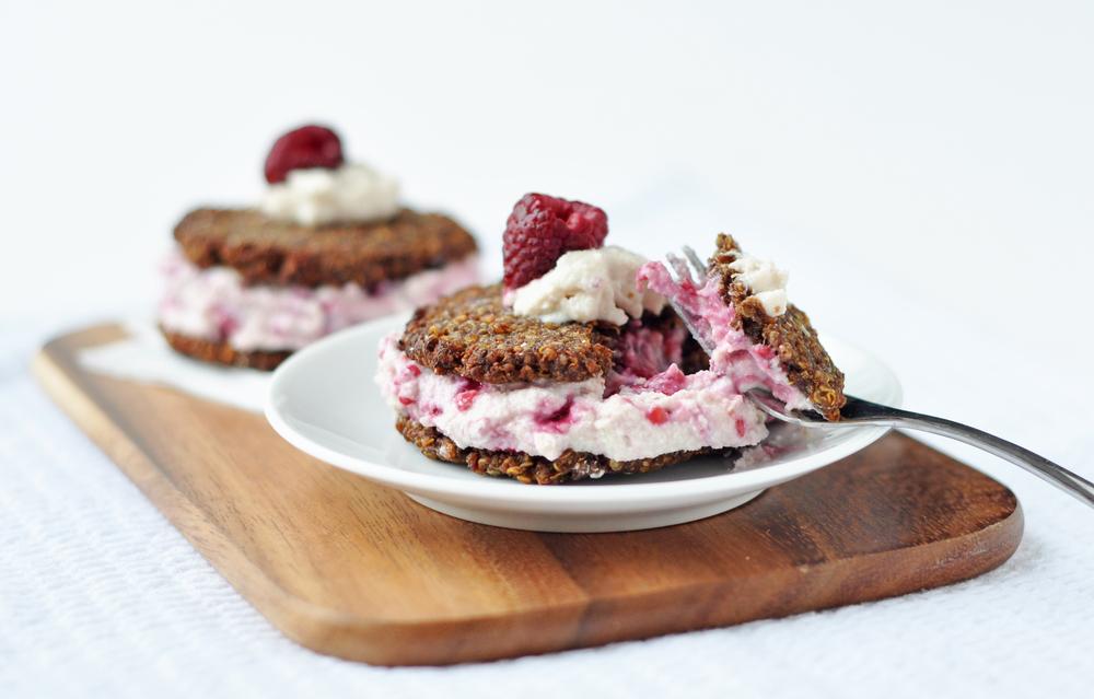 quinoa cream sandwich 3.jpg