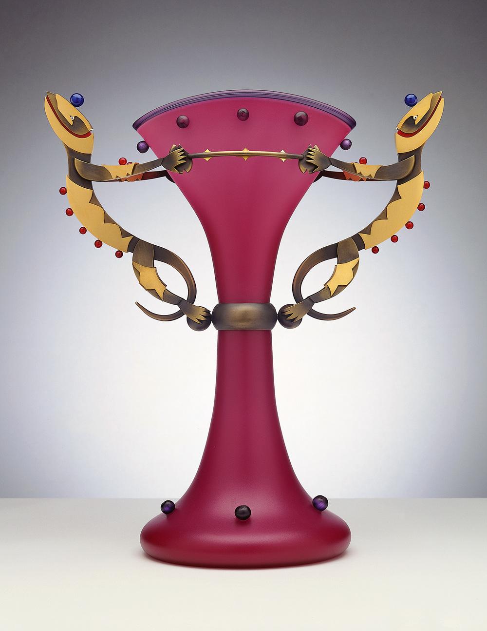"""Lizard Elegance   1999. Blown glass, bronze and gold-plated bronze. 17½ x 16 x 8"""""""