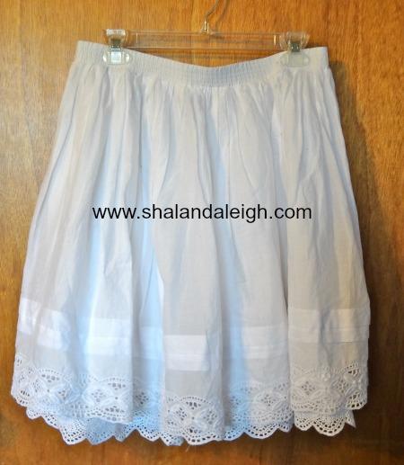 White Lace Trimmed Skirt - www.shalandaleigh.com.JPG