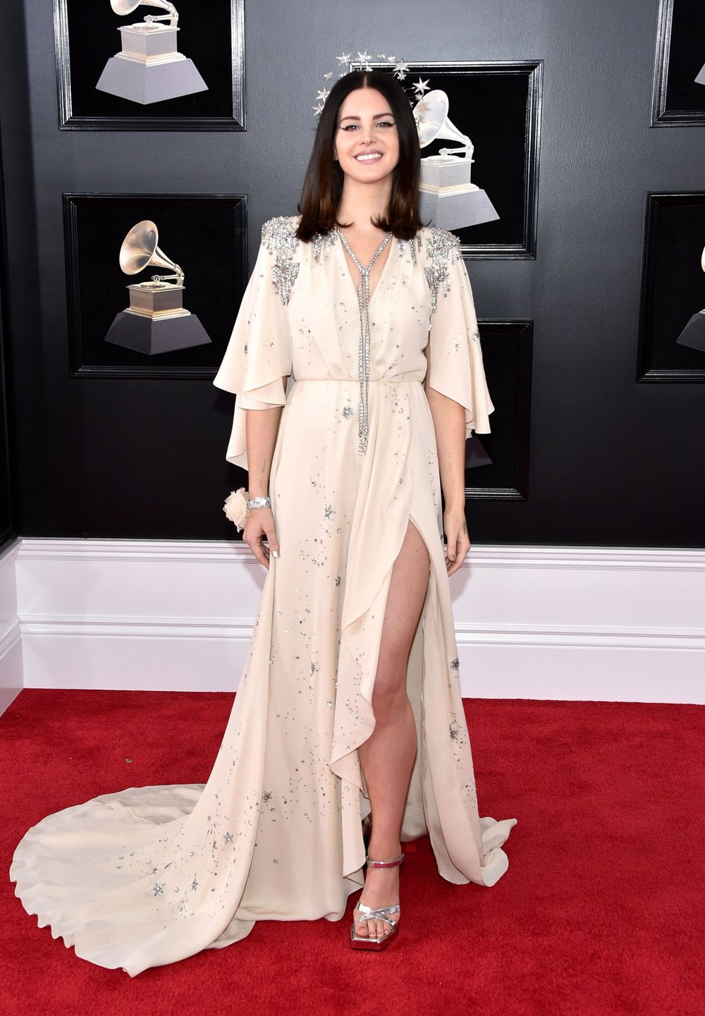 Grammys Awards 2018 - Lana Del Rey in Gucci.jpg
