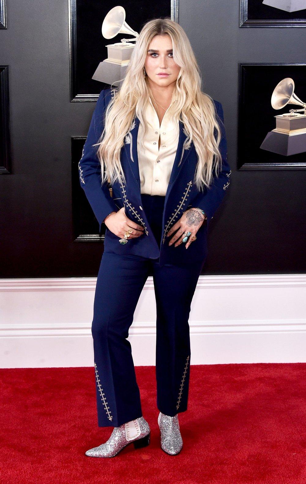 Grammys Awards 2018 - Kesha in Nudie's Rodeo Tailor.jpg