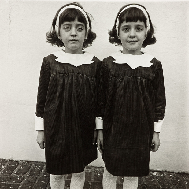 Photo: Identical Twins, Roselle, New Jersey, Diane Arbus (1967).