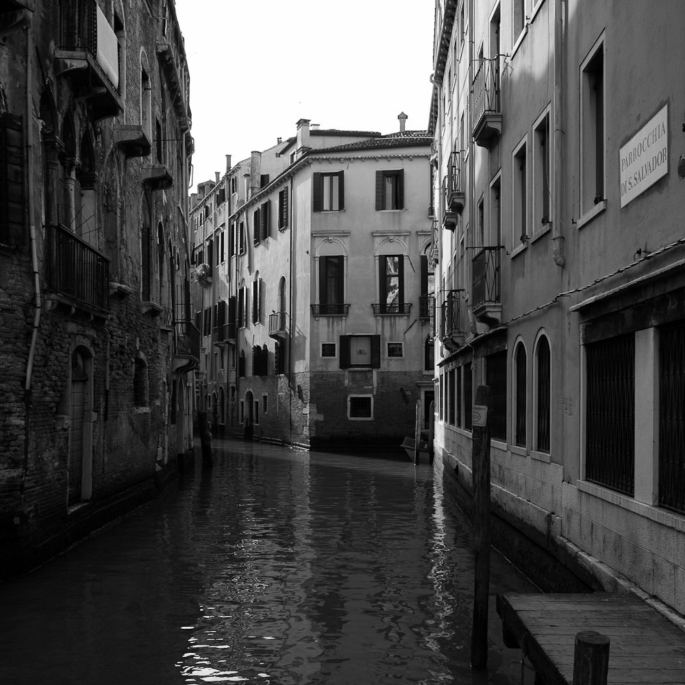 Photo: Venice 2010, by Barend Jan de Jong (Leica M9, Summicron 28mm).