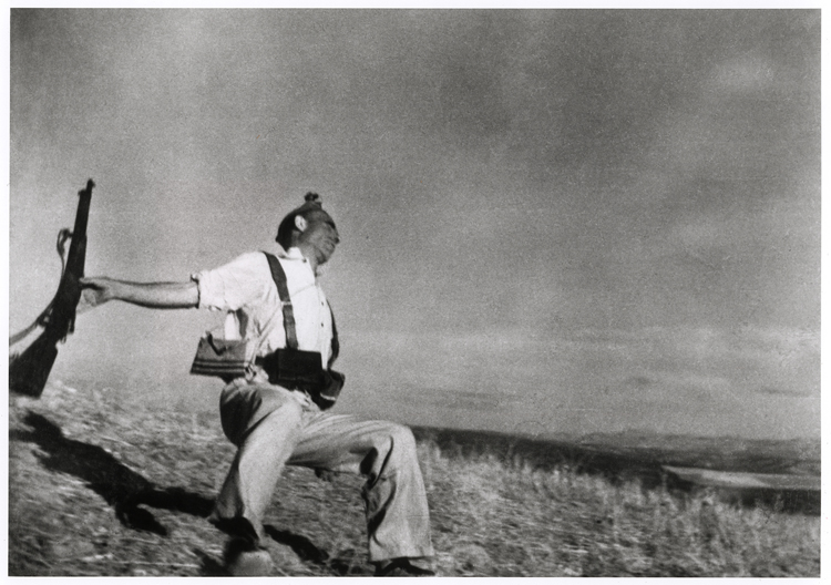 Photo: Death of a Militiaman, Spanish Civil War, Robert Capa.
