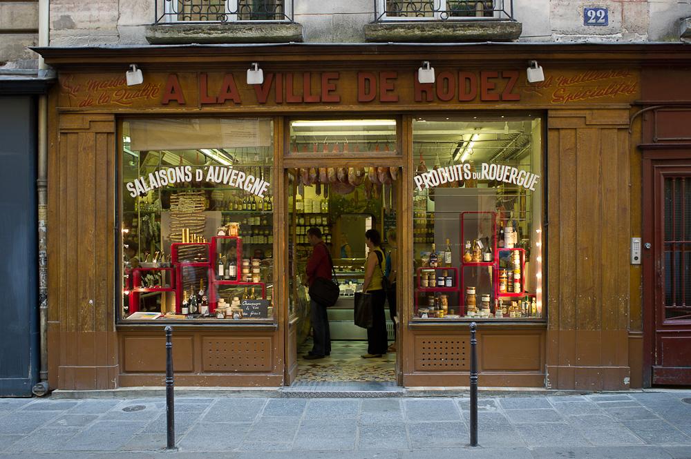 Photo: A la Ville de Rodez, Paris, by Barend Jan de Jong (Leica M9, Summicron 28mm).