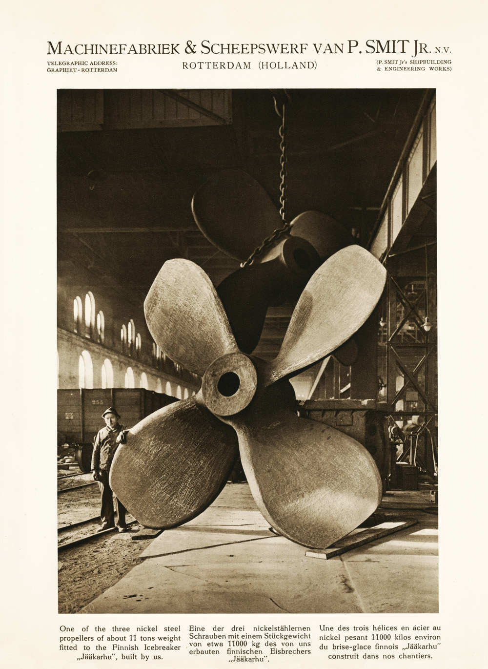 Photo: Marketing materials from Machinefabriek & Scheepswerf van P. Smit Jr. N.V. with the 11 tons propellor for the Finish Icebreaker Jäänmurtaja Jääkarhu, 1926, photographer unknown.