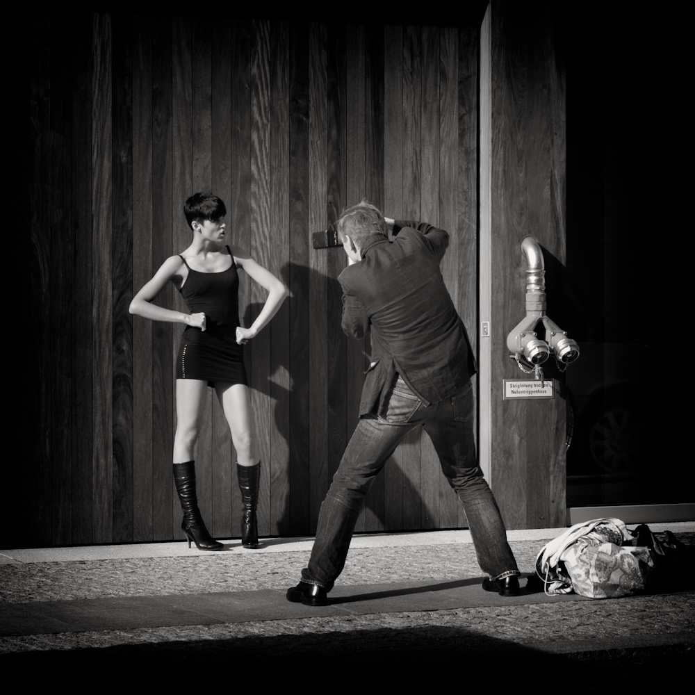 Photo: Berlin - Shoot !!, by Barend Jan de Jong (Leica M9, Summicron 50mm).