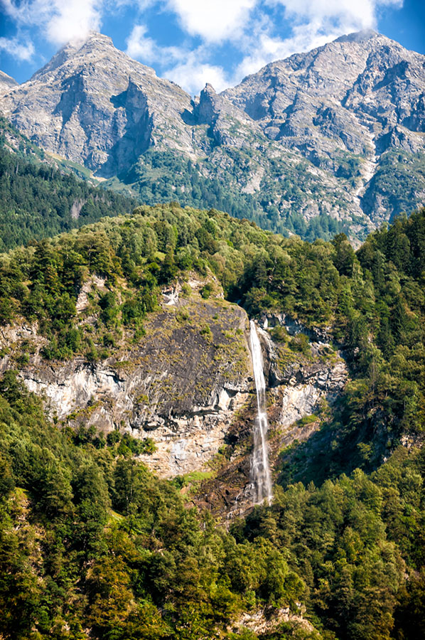 261/366 •The Waterfall
