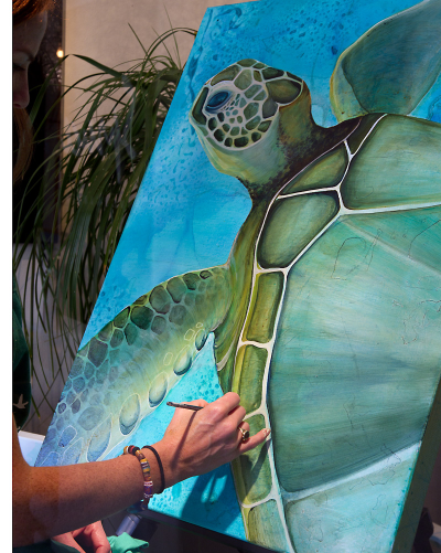 Painting the Green Sea Turtle at Spruce, Mizner Park, Boca Raton, FL.