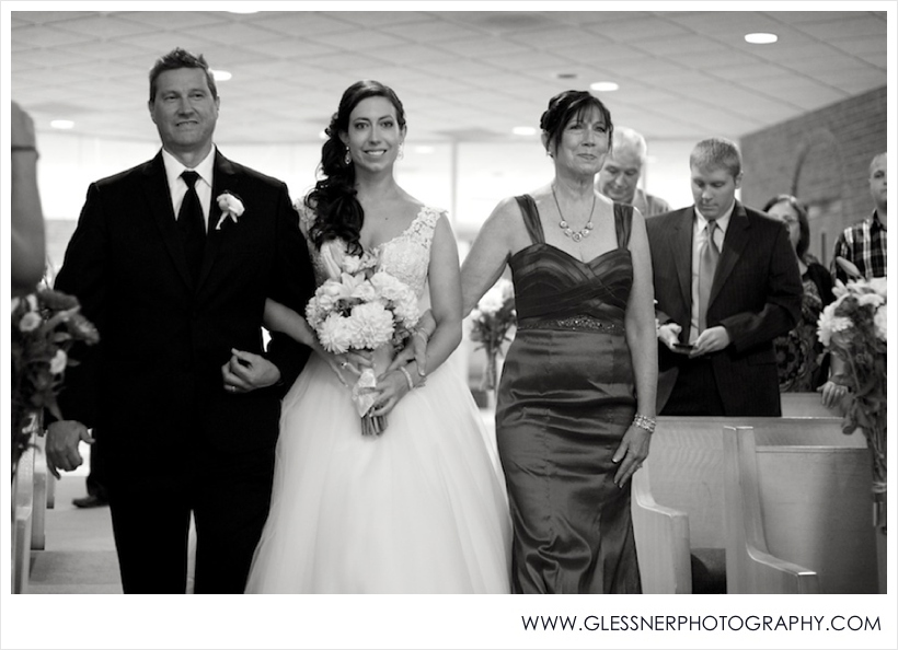 Wedding | Derr-Goodenough | ©2013 Glessner Photography_0013.jpg