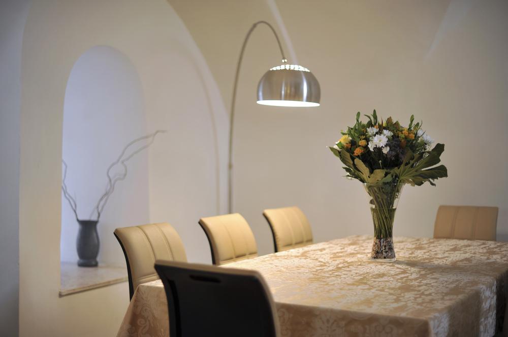 9 - Dining Room.JPG