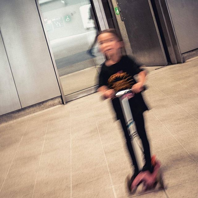motion, enabled . . . . . . #visualsoflife #peoplescreatives #TheCreatorClass  #streetactivity #street #streetshot #streets #streetart #streetview #streetphotography  #instagoodmyphoto #photooftheday #instagood #instadaily #picoftheday #livethelittlethings #nothingisordinary #chasinglight #justgoshoot #exploretocreate #acertainslantoflight #makemoments #toldwithexposure  #rohitgeorgephoto #fujifilm #fujifilmx100s #fujifilm_xseries
