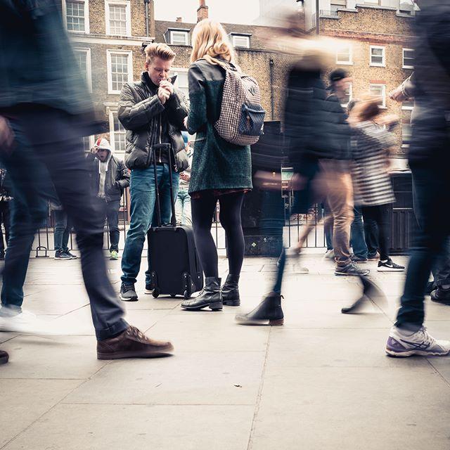 busy street outside borough market . . . . . . . . #streetphotography #boroughmarket #london #londonlife #motionblur  #streetactivity #street #streetshot #streets #makemoments #toldwithexposure #photooftheday  #rohitgeorgephoto  #leicaq #leica #🔴 @stevefranck @36expphoto