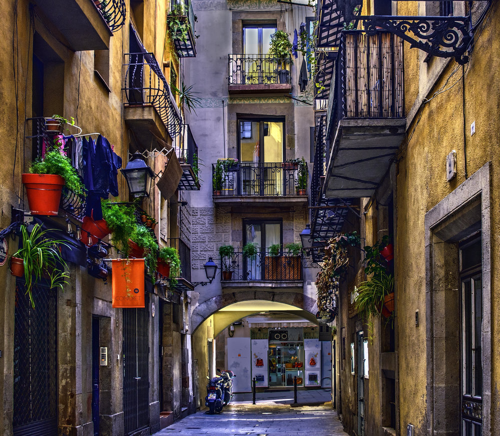 Barcelona Alley