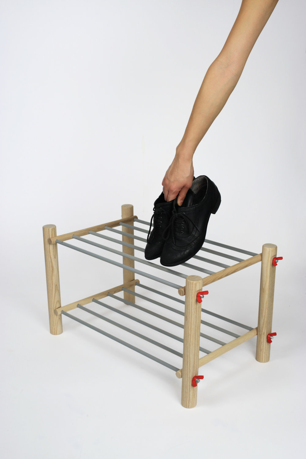 button shoe rack