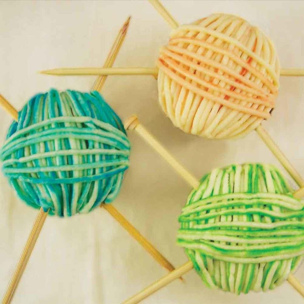 Yarn Ball Cupcakes