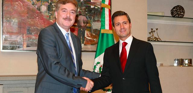 Enrique Peña Nieto y Francisco Vega