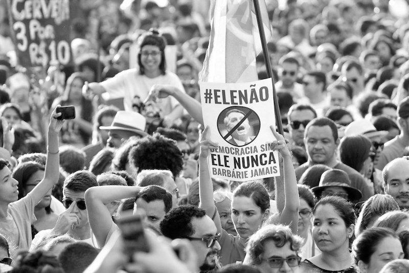 mujeres_contra_bolsonaro.jpg