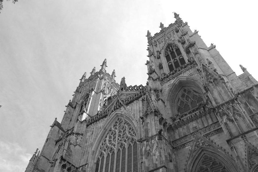 York_Cathedral_by_Vito_Hunter.jpg