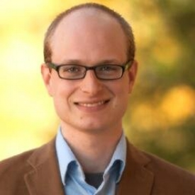 Derek Long  ( @DerekLong08 ) is a PhD candidate in film at the University of Wisconsin-Madison. Hosts Cinema Excelsior.