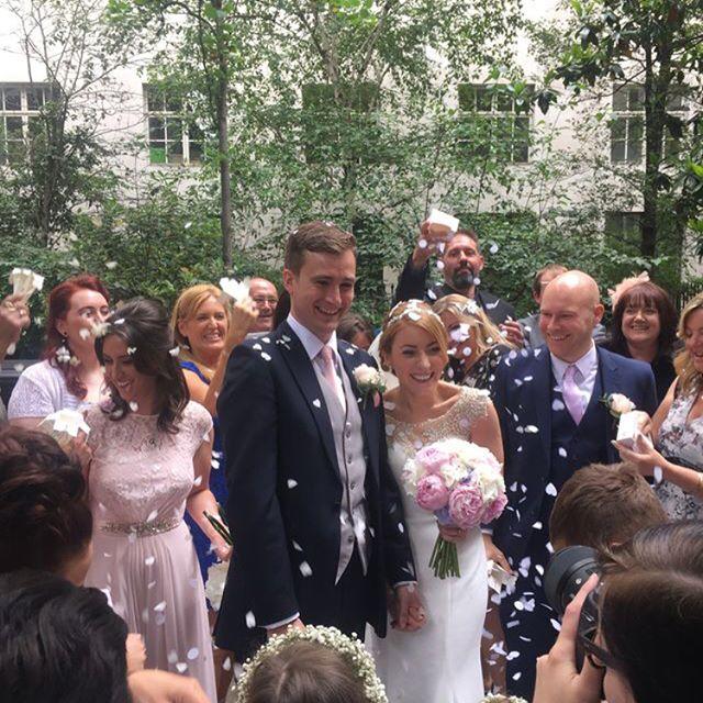 #summerwedding #londontown #citywedding  #stbrides #familyfun #handsomenephews #selfies #gorgeousfamily #welcometothenewMrsGreen