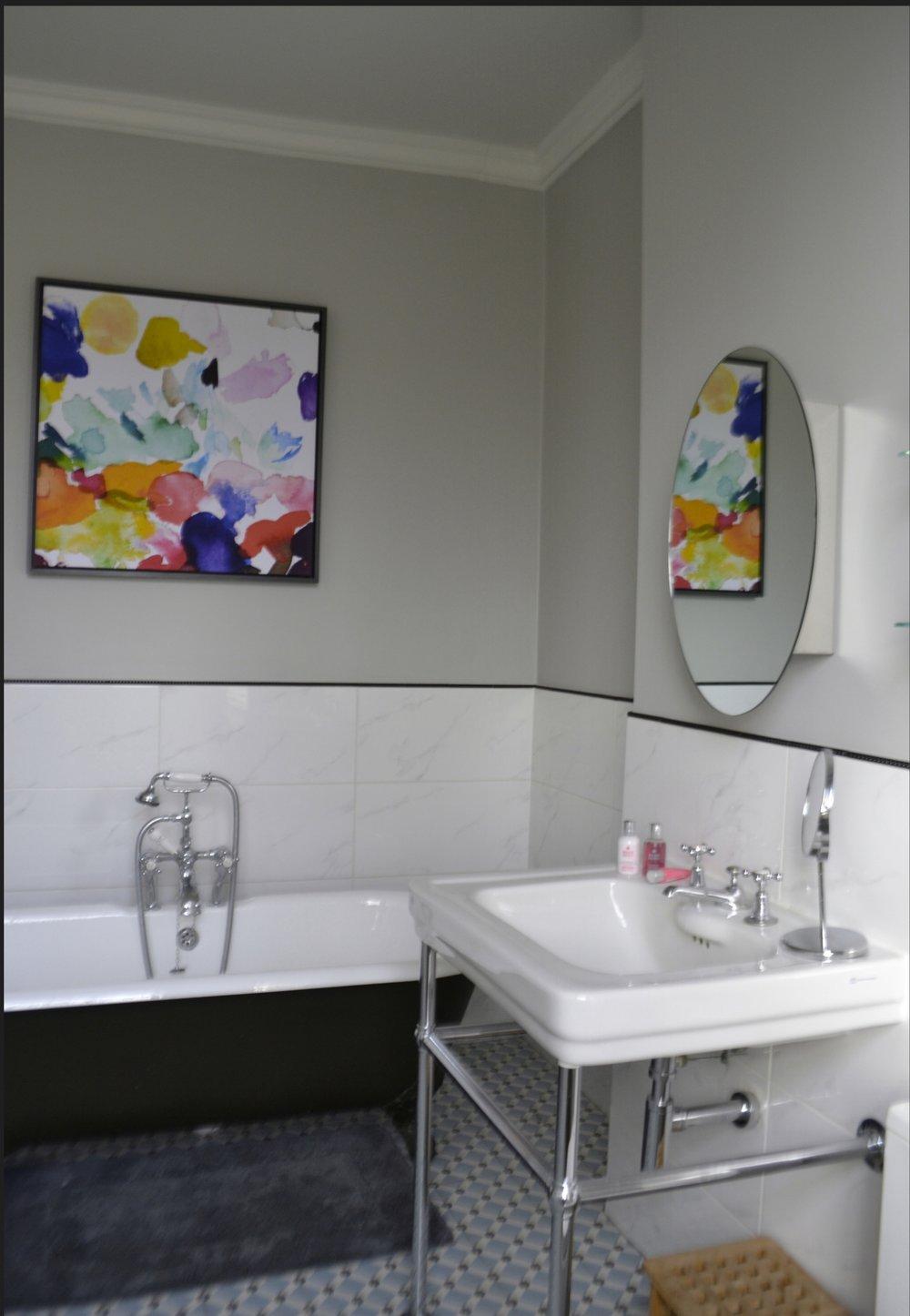 bathroomweb2.jpg